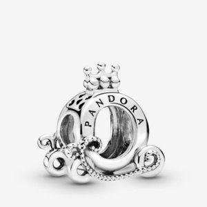 PANDORA Polished Crown O Carriage Charm